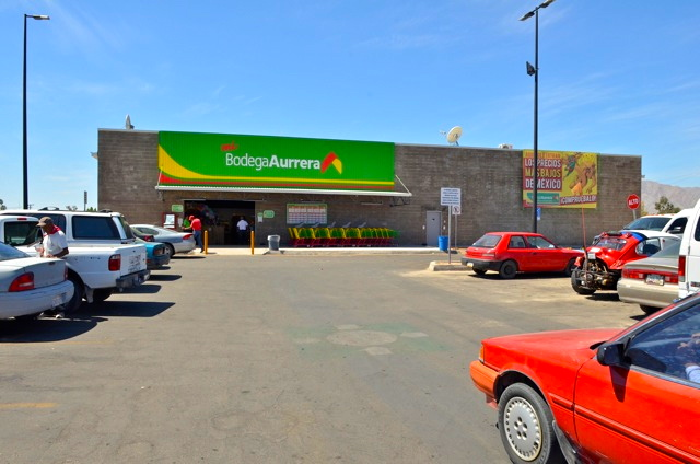 Bodega Aurrera San Felipe Front View