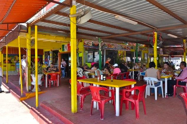 La Morena San Felipe Restaurant dining hall