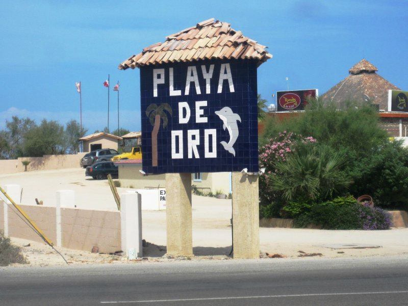 PlayaDeOro1.jpg