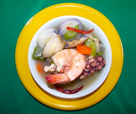 Rosita Restaurant: Shrimp and Oyster plate