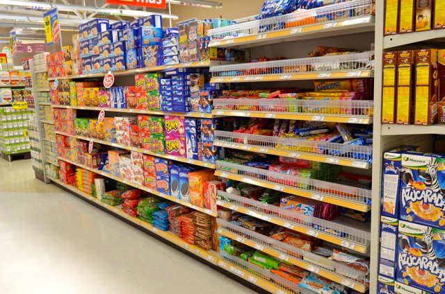 Calimax grocery store snacks section