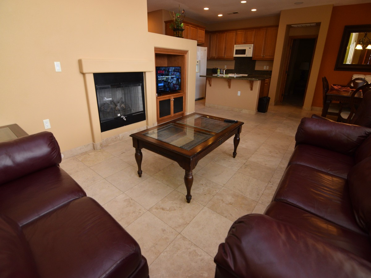 condo 43-2 -  livingroom