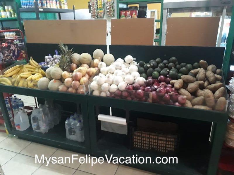 Rancho Market and Deli San Felipe - produce section