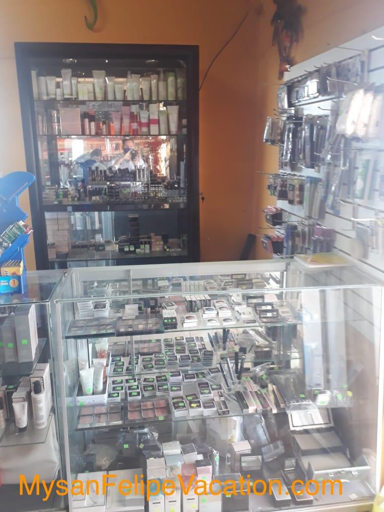 Rancho Market and Deli San Felipe - women`s cosmetic section