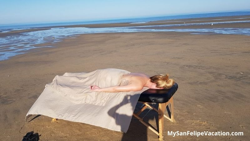 Relax Time massage on the beach
