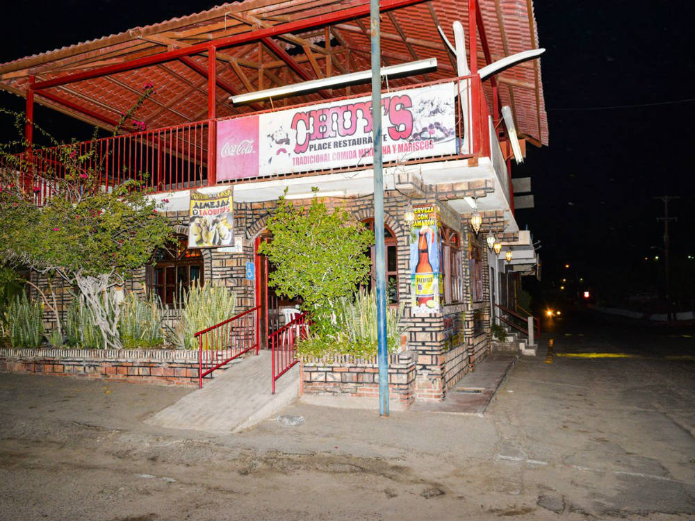 Front outside view of Chuy's Place - Restaurant San Felipe Baja Mexico
