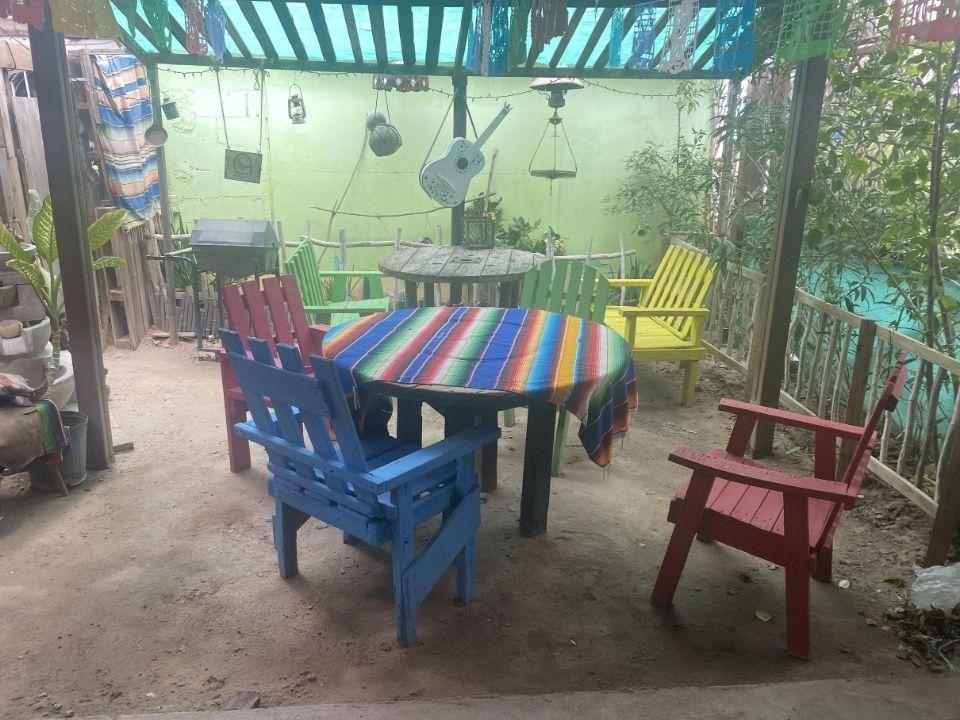 Coyote Burger and Ensalada San Felipe - outdoor sitting