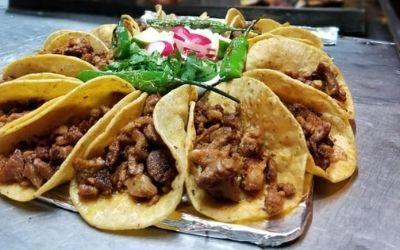 Tacos Y Tortas El Carlos